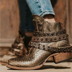 NBWT🐦 FREEBIRD🥾 Truth boots, Brown Multi, Sz 7